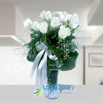 Beyaz Güllerin Güzelliği