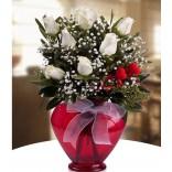 Kalp Vazo Beyaz Güller